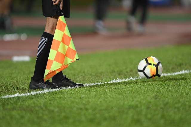 arbitre ligue europa match en direct